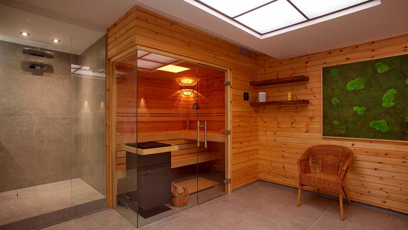Müther-Sauna, integriert in ein Badezimmer