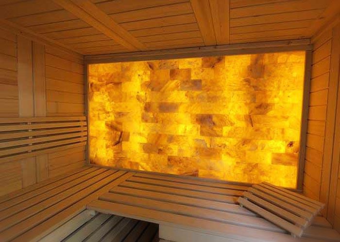 Sauna hinterleuchtete Salzwand