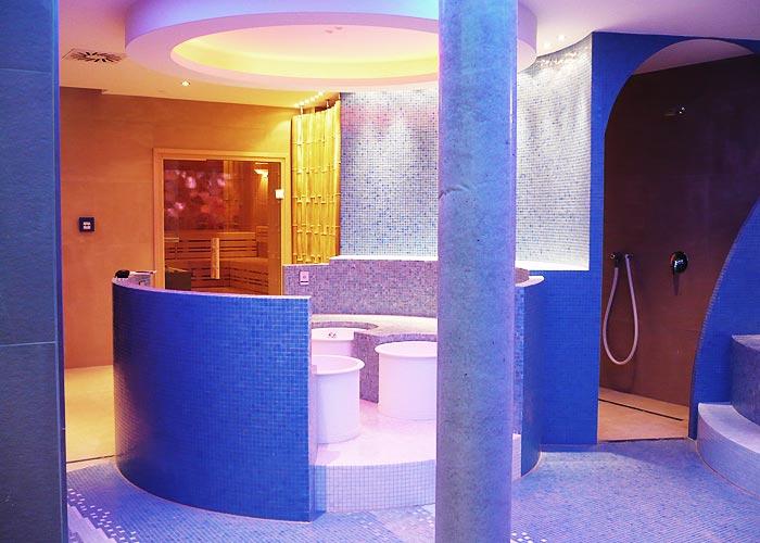 Wellness Anlage mit Sauna
